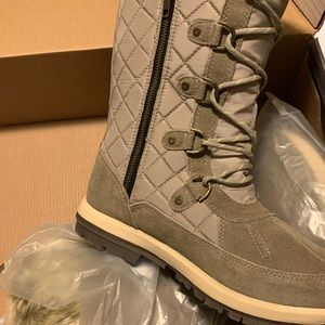 BearPaw winter lace up boots NWT